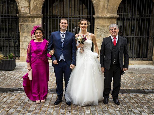 La boda de Bea y Rubén en Larraga, Navarra 22