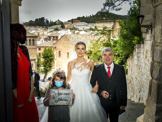 La boda de Bea y Rubén en Larraga, Navarra 24