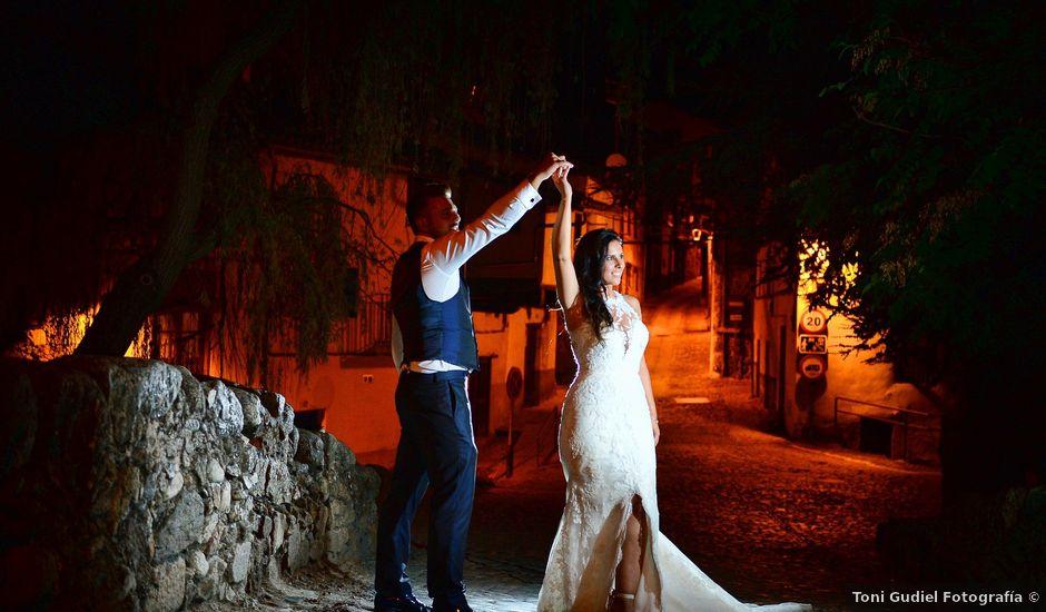 La boda de Juan Carlos y Elena en Plasencia, Cáceres
