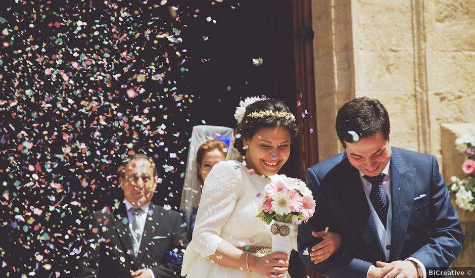La boda de Esteban y Sandra en Argamasilla De Alba, Ciudad Real