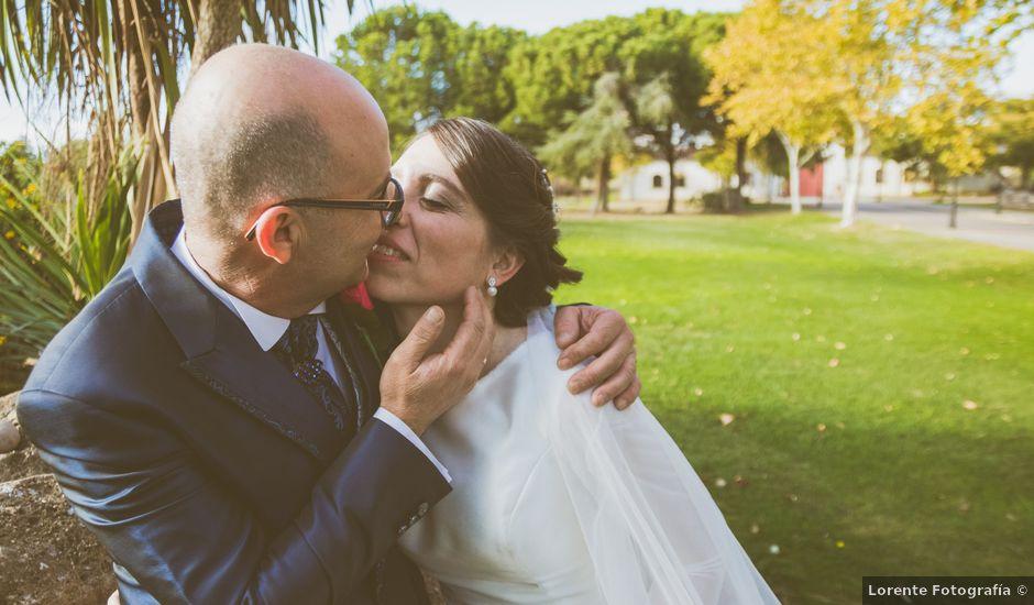 La boda de Juan y Sara en La Nava De Santiago, Badajoz