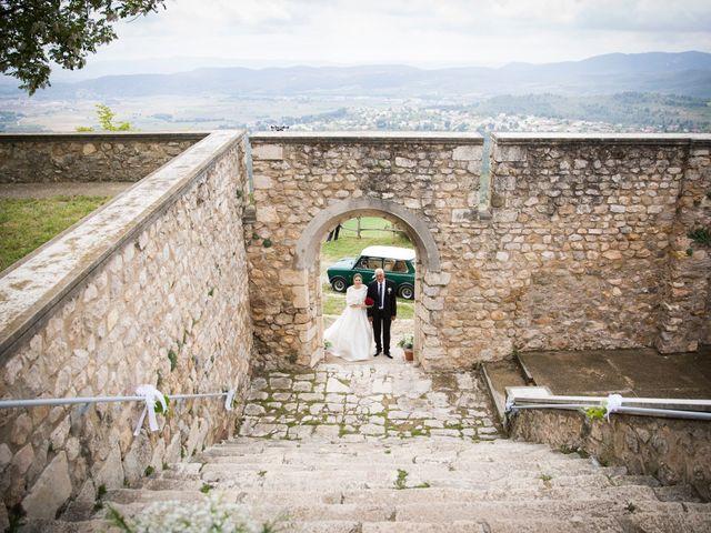 La boda de Roger y Neus en La Pobla De Claramunt, Barcelona 25