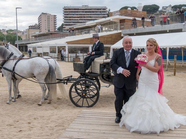 La boda de Brian y Mónica en Arenys De Mar, Barcelona 38
