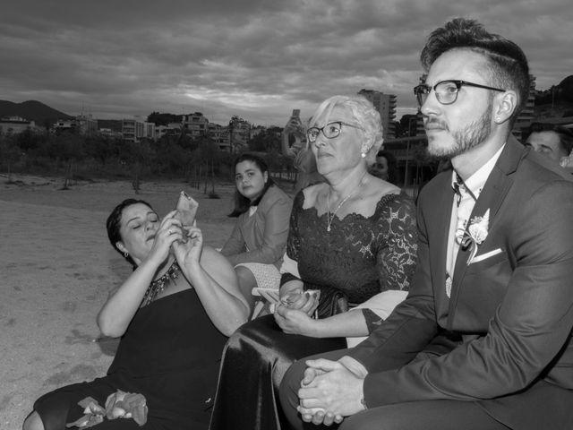 La boda de Brian y Mónica en Arenys De Mar, Barcelona 52