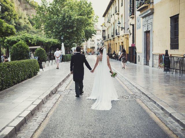 La boda de Álvaro  y Paloma en Granada, Granada 22