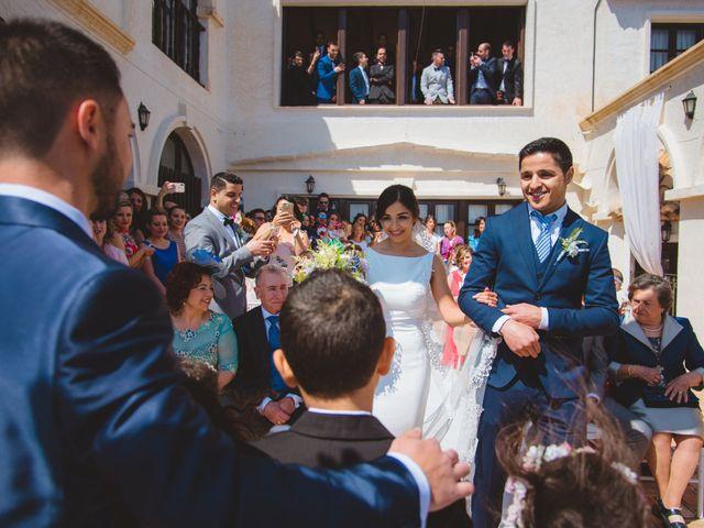 La boda de Saúl y Fátima en El Campello, Alicante 35