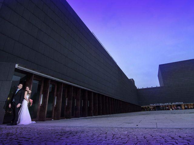 La boda de Javier y Noelia en Pamplona, Navarra 1