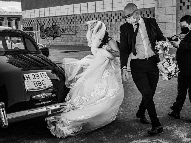 La boda de Javier y Lucía en Alhaurin De La Torre, Málaga 7