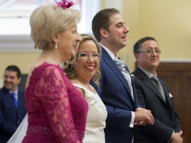 La boda de Jose Antonio y Ana Isabel en San Pedro de Alcántara, Málaga 9