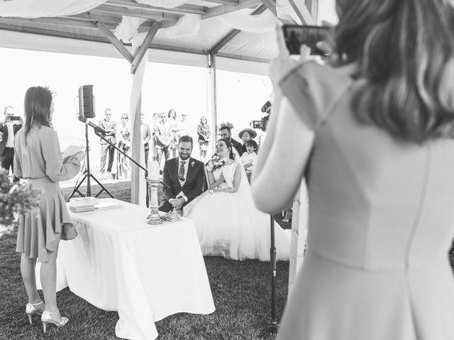 La boda de Juan Antonio y Gema en Caracuel De Calatrava, Ciudad Real 56