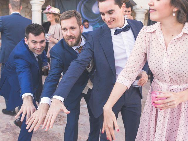 La boda de Juan Antonio y Gema en Caracuel De Calatrava, Ciudad Real 78