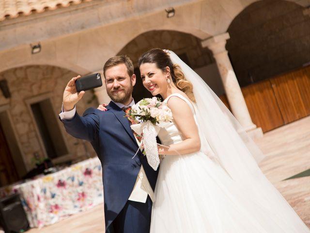 La boda de Juan Antonio y Gema en Caracuel De Calatrava, Ciudad Real 79