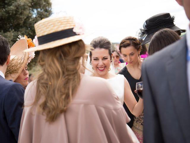 La boda de Juan Antonio y Gema en Caracuel De Calatrava, Ciudad Real 81