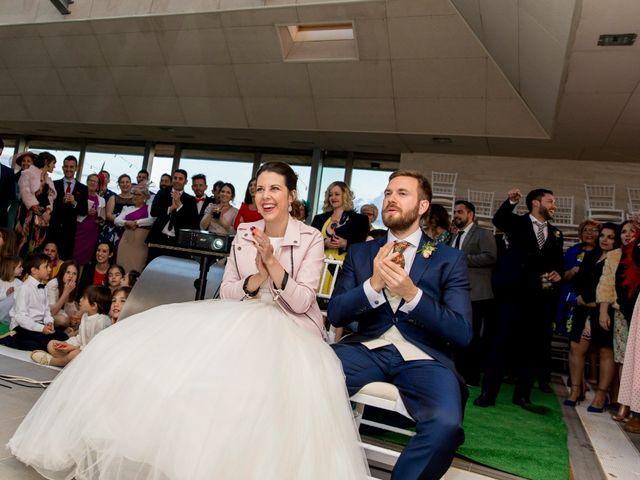 La boda de Juan Antonio y Gema en Caracuel De Calatrava, Ciudad Real 90