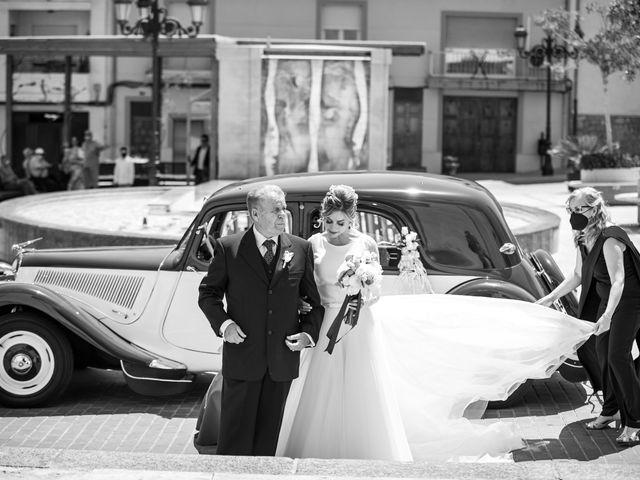 La boda de Raquel y Vicente en Massarrojos, Valencia 19