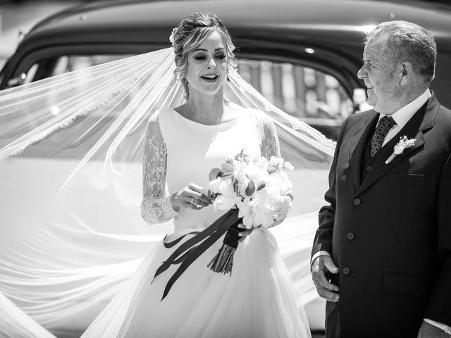 La boda de Raquel y Vicente en Massarrojos, Valencia 20