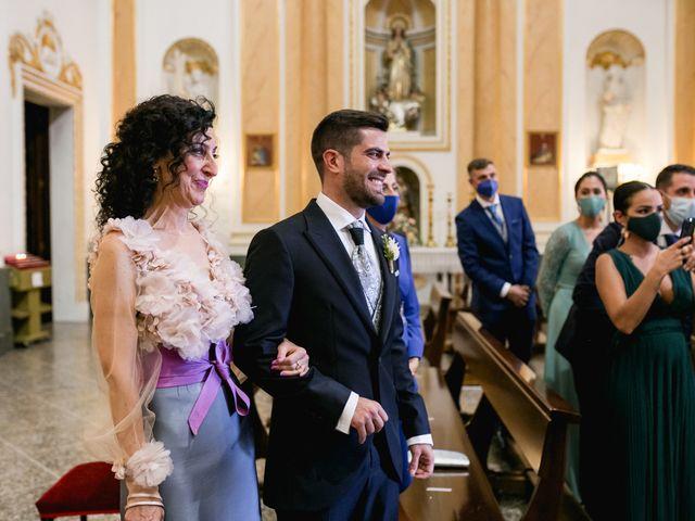 La boda de Raquel y Vicente en Massarrojos, Valencia 21