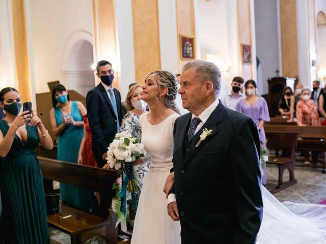 La boda de Raquel y Vicente en Massarrojos, Valencia 22