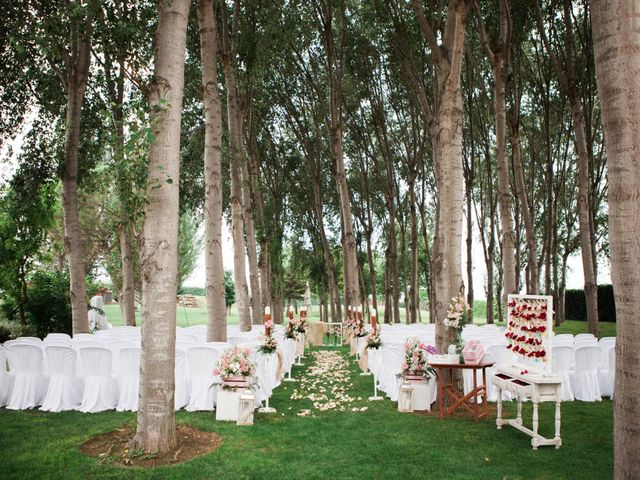 La boda de Carles y Ariadna en Bellvis, Lleida 22