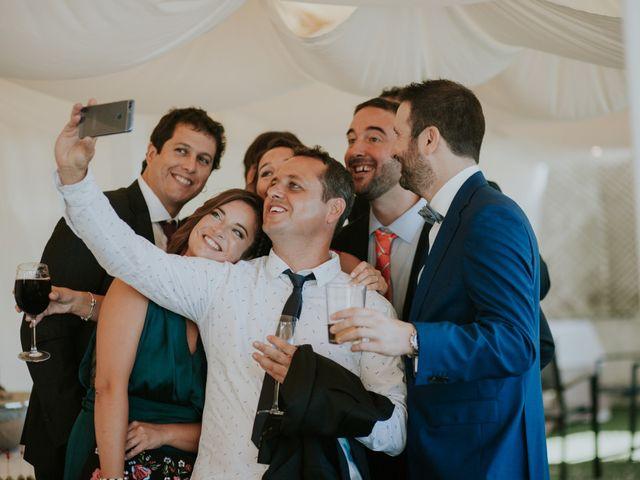 La boda de Iker y Bea en Getxo, Vizcaya 21