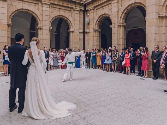 La boda de Jorge y Beatriz en Las Arenas, Vizcaya 27