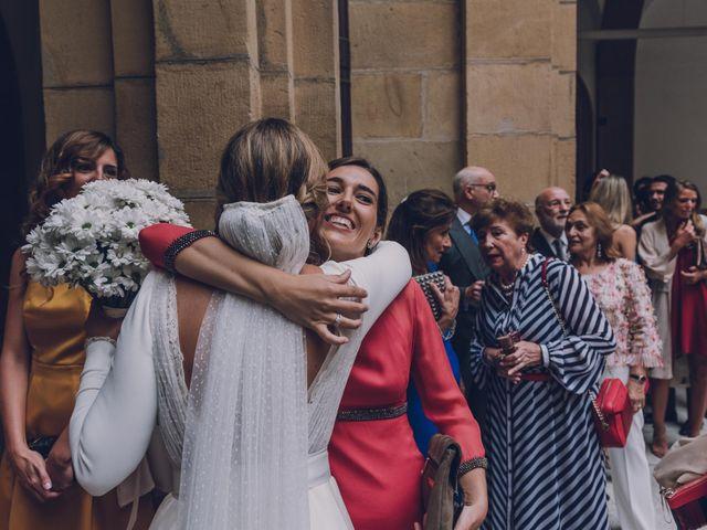 La boda de Jorge y Beatriz en Las Arenas, Vizcaya 31