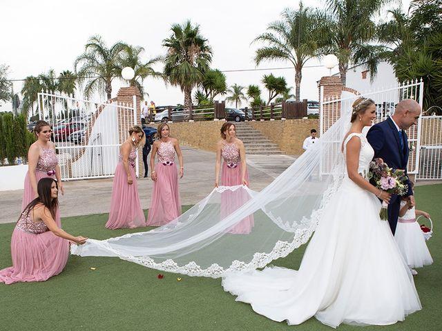 La boda de Angel y Estefania en Alhaurin De La Torre, Málaga 27