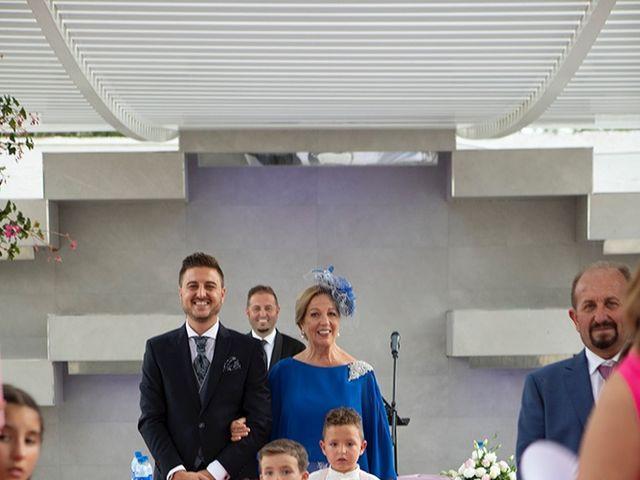 La boda de Angel y Estefania en Alhaurin De La Torre, Málaga 28
