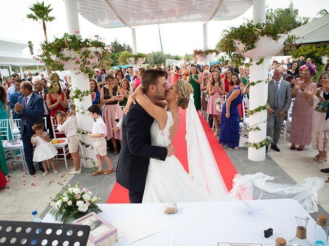 La boda de Angel y Estefania en Alhaurin De La Torre, Málaga 40