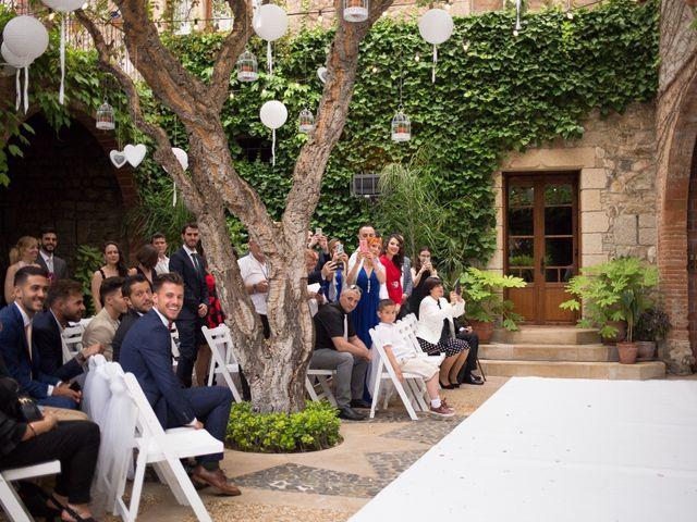 La boda de Xavi y Laura en Vilanova Del Valles, Barcelona 4
