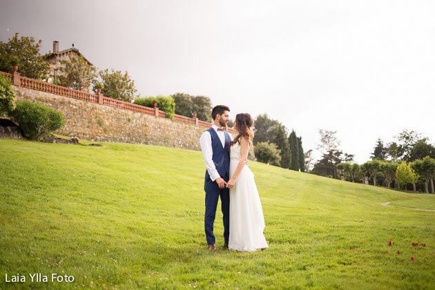 La boda de Xavi y Laura en Vilanova Del Valles, Barcelona 12