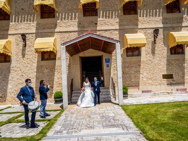 La boda de Fernando y Patricia en Aranda De Duero, Burgos 27