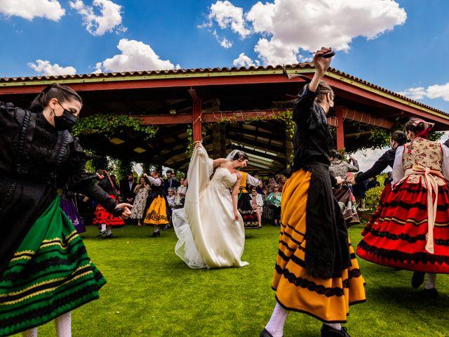 La boda de Fernando y Patricia en Aranda De Duero, Burgos 30