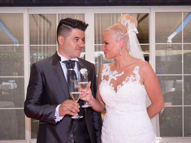 La boda de Iulian y Marina en Lardero, La Rioja 25