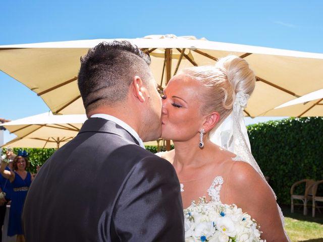 La boda de Iulian y Marina en Lardero, La Rioja 30