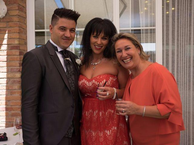 La boda de Iulian y Marina en Lardero, La Rioja 32