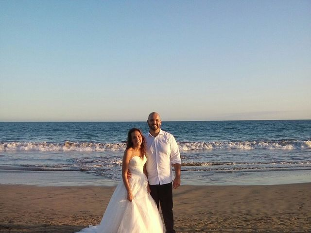 La boda de Álvaro y Sabrina en Las Palmas De Gran Canaria, Las Palmas 6