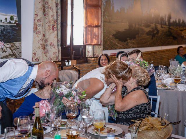 La boda de Javi y Yesenia en Alcala De Guadaira, Sevilla 16