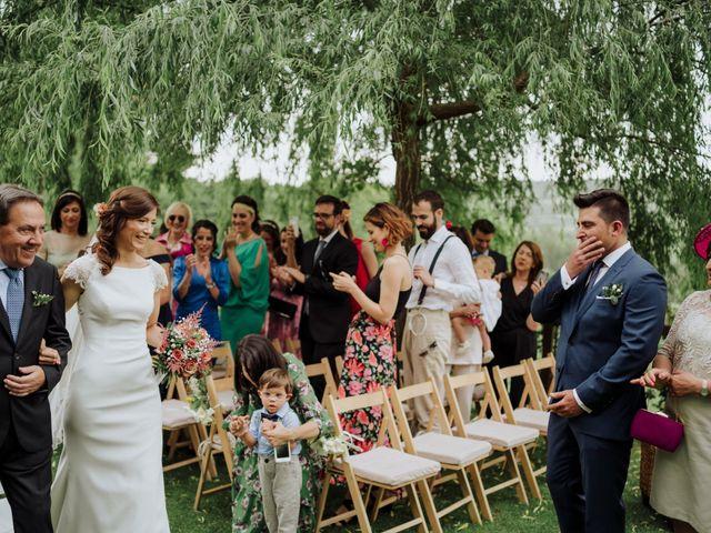 La boda de Alvaro y Suana en Huermeces, Burgos 36