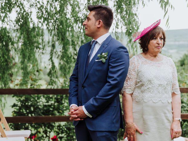 La boda de Alvaro y Suana en Huermeces, Burgos 40