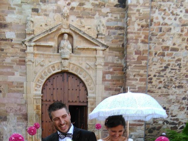 La boda de Fran y Mony en La Bañeza, León 4