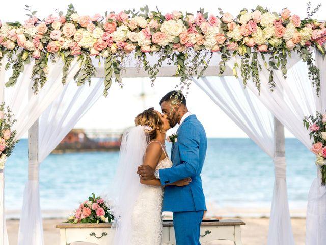 La boda de Joseph y Savis en Costa, Las Palmas 29