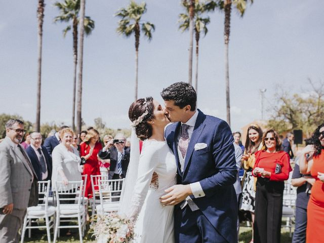 La boda de Luis  y Angie  en Alcala De Guadaira, Sevilla 16