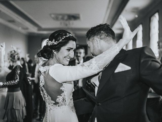 La boda de Luis  y Angie  en Alcala De Guadaira, Sevilla 31