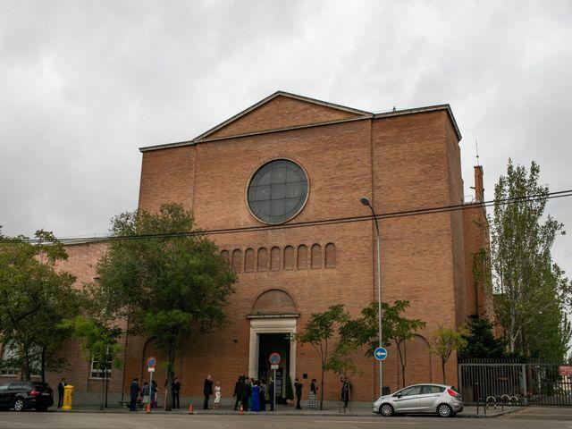 La boda de Antonio y Pilar en San Sebastian De Los Reyes, Madrid 40