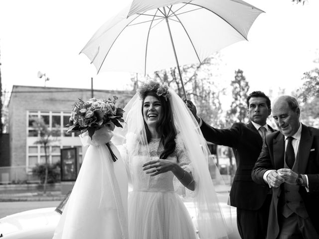 La boda de Antonio y Pilar en San Sebastian De Los Reyes, Madrid 52