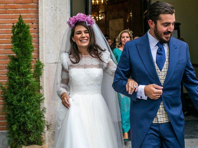 La boda de Antonio y Pilar en San Sebastian De Los Reyes, Madrid 91