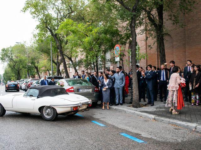 La boda de Antonio y Pilar en San Sebastian De Los Reyes, Madrid 95