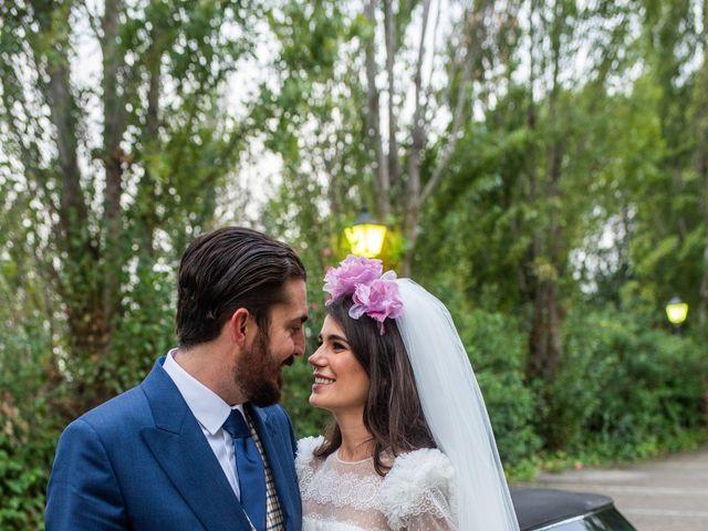 La boda de Antonio y Pilar en San Sebastian De Los Reyes, Madrid 99