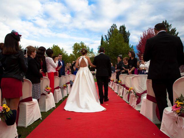 La boda de Adri y Yeni en Carracedelo, León 17